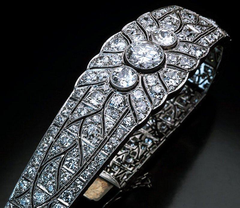 Platinum & Diamond Art Deco bracelet